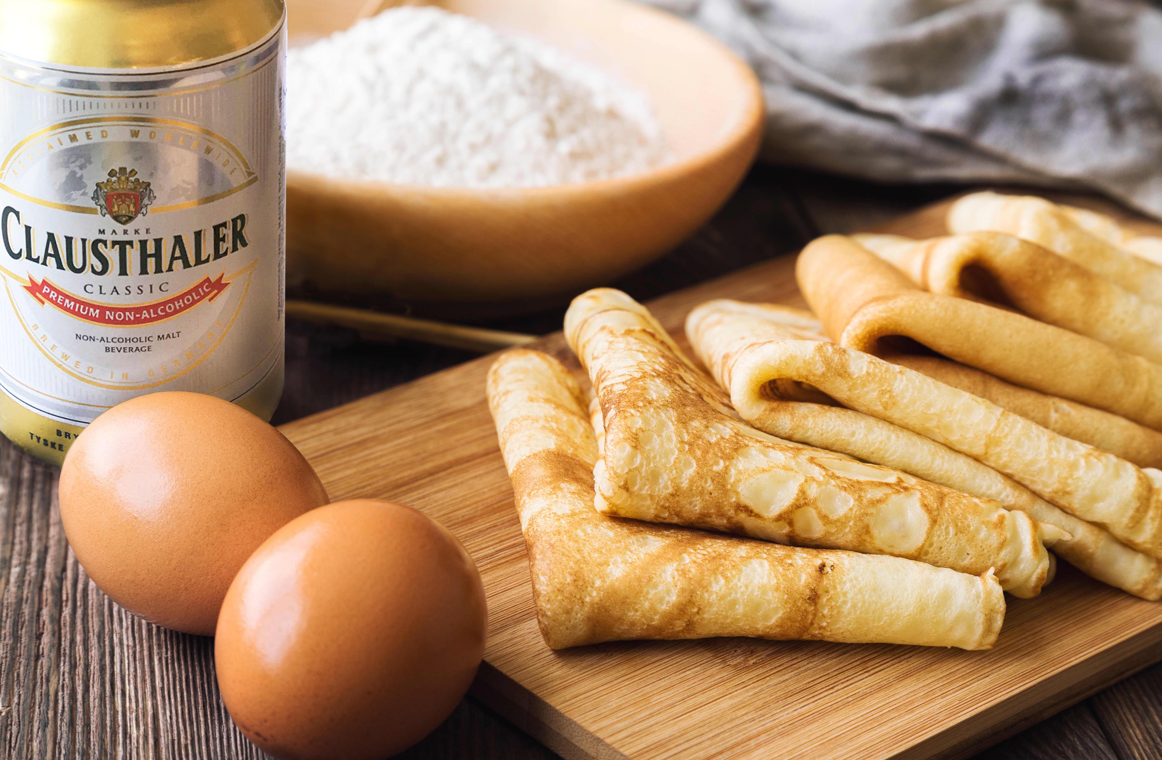 HEMMELIG INGREDIENS: Clausthaler Classic gjør pannekakene dine luftige og sprø.