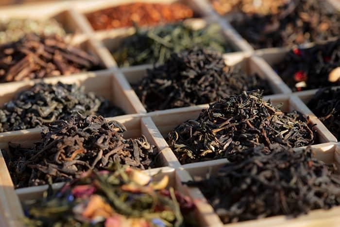 Frokost-teen din er satt sammen av en perfekt balansert blanding forskjellige sorte teer.