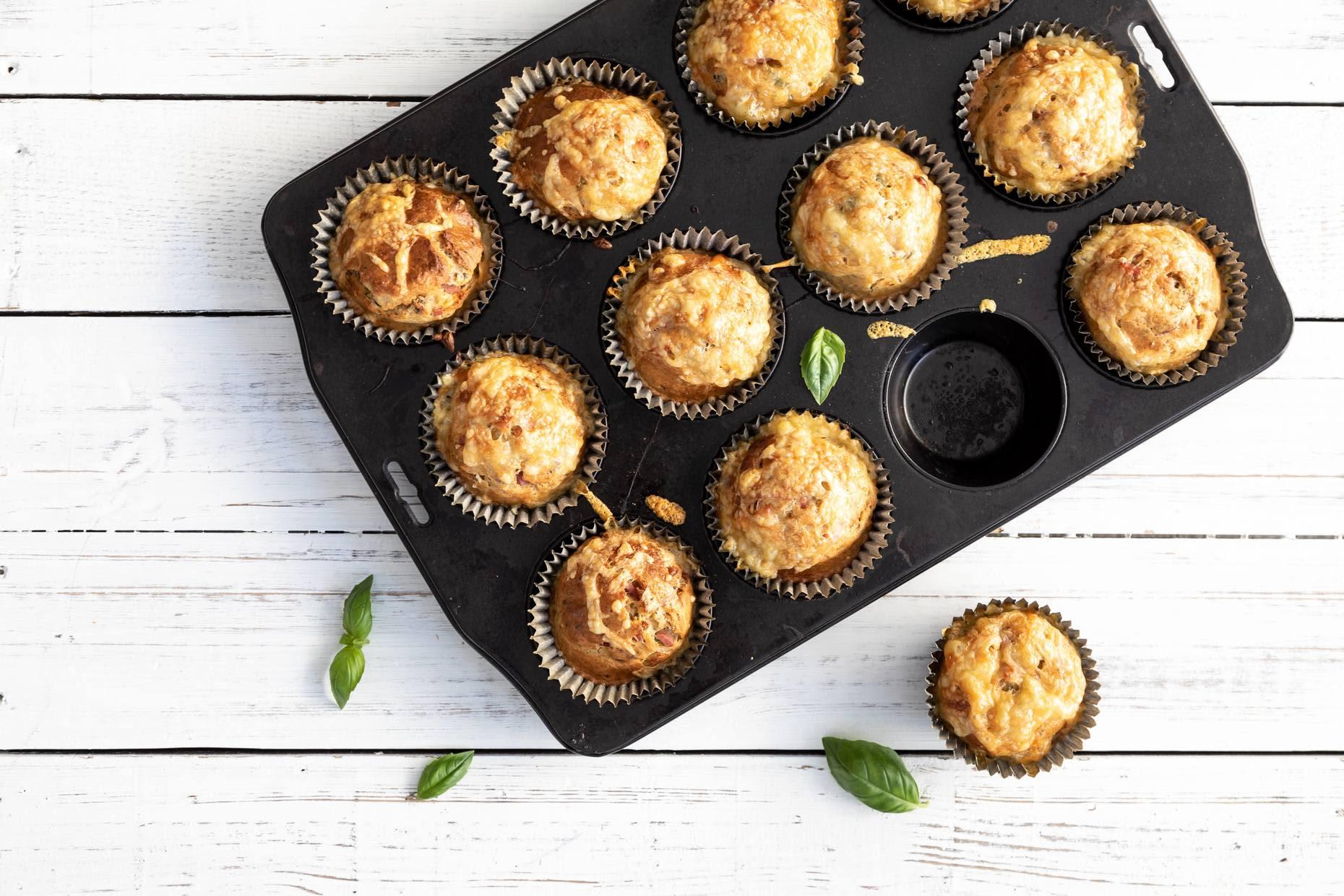Saftige og smakfulle matmuffins er perfekt i matpakken.