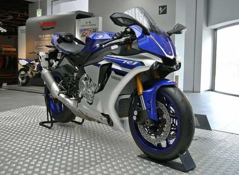Yamaha YZF  R1 (186 miles per hour)