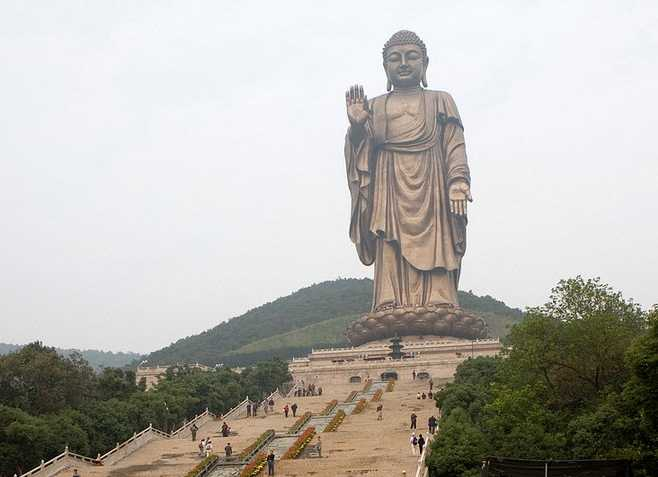 Grand Buddha at Lingshan (88 meters)