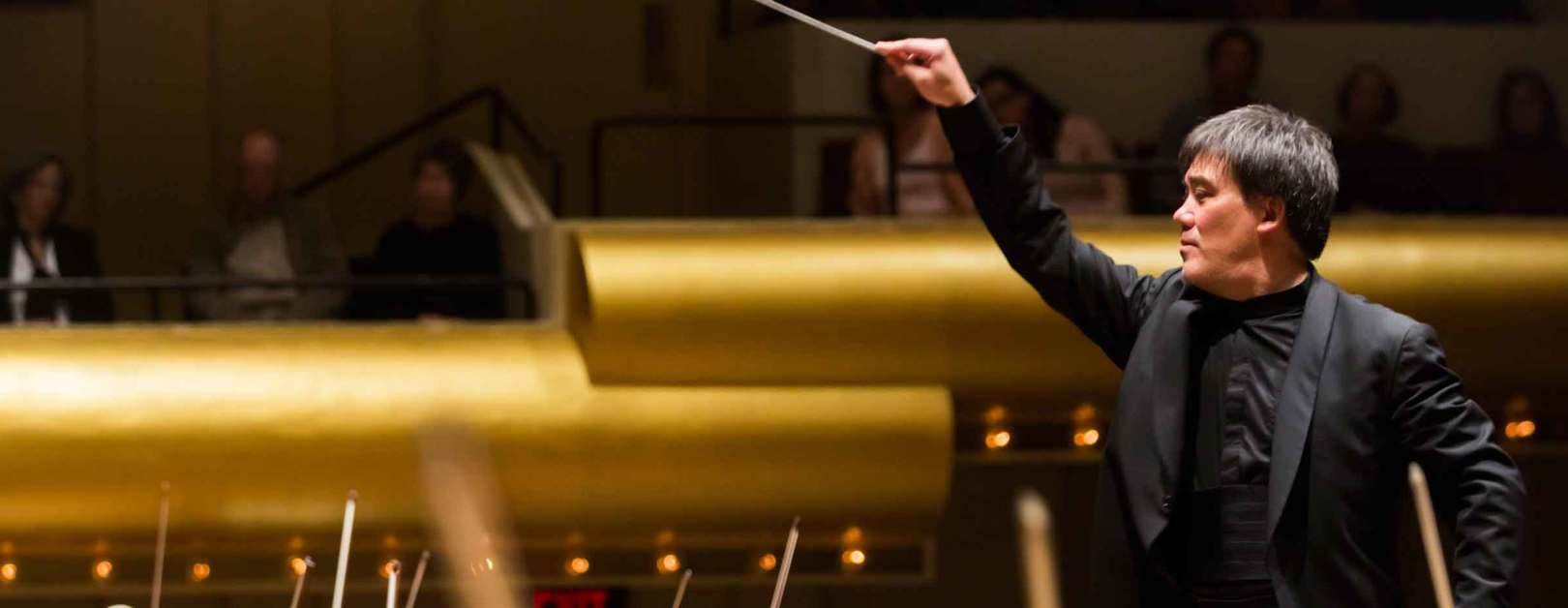 Gilbert Conducts All-Mozart