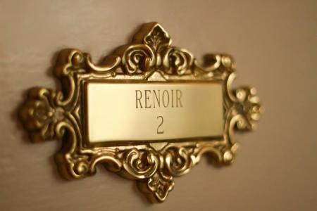Renoir Guest Room