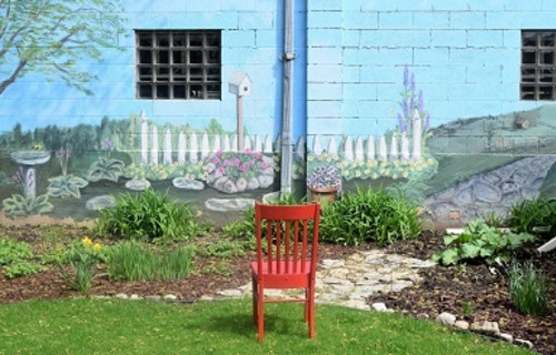 Red Chair views art in Appleton