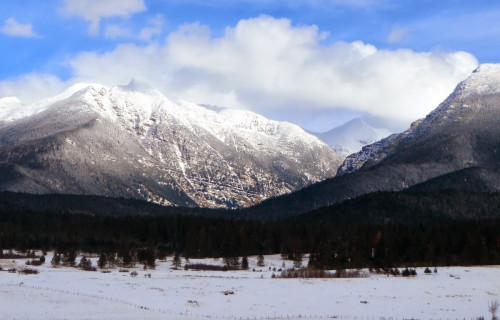 Mission Mountains of Montana and Bear Spirit Lodge B&B in Deep Snow