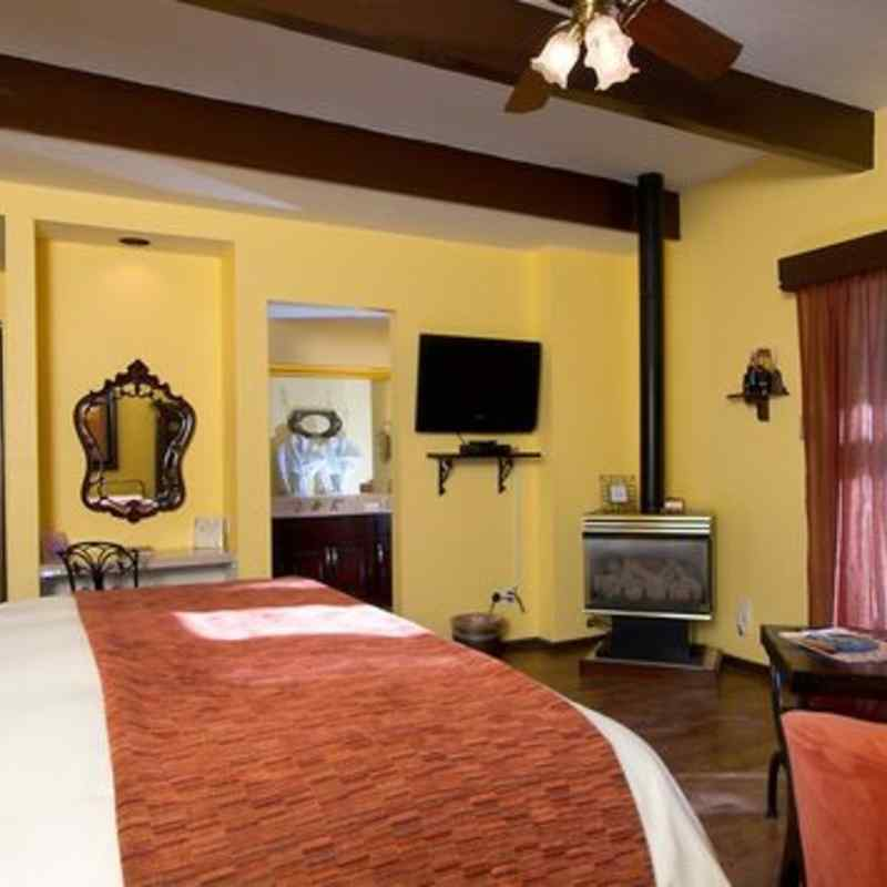 THE cozy fireplace IN THE SEDONA SERENADE SUITE - SEDONA VIEWS B&B