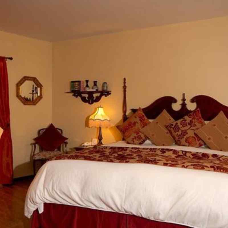 THE bedroom IN THE SWEET DREAMS SUITE - SEDONA VIEWS B&B