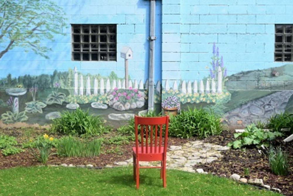 Red Chair views art in Appleton