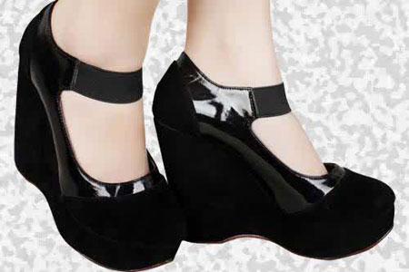 4 Dampak Mengerikan Memakai Sepatu High Heels Terlalu lama