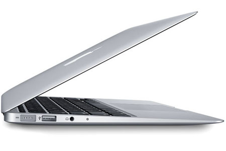 Akhir 2014, Apple Rilis Macbook Dan Monitor 4K