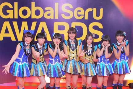 JKT48 Kembali Sabet Penghargaan Global Seru Award 2014
