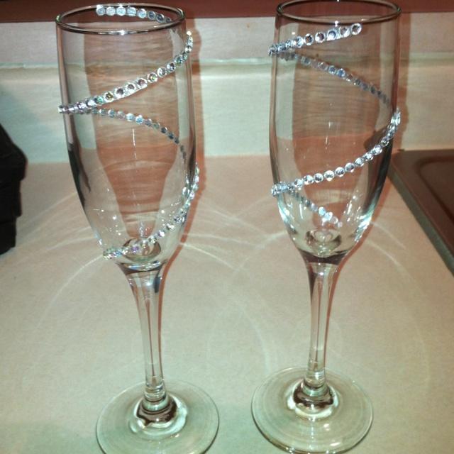 ideas de copas decoradas para brindis de los novios. Black Bedroom Furniture Sets. Home Design Ideas