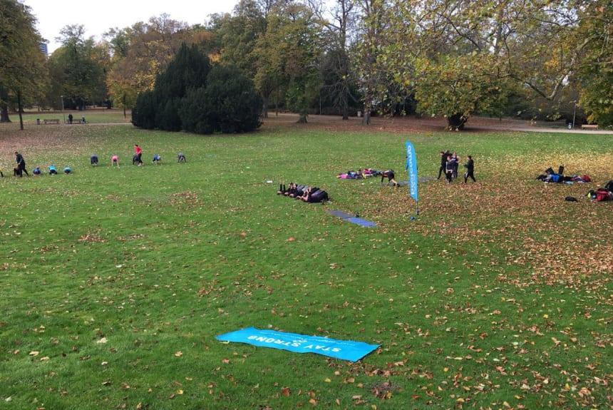 eindrcke aus deinem outdoor fitnessstudio mannheim zirkeltraining im team
