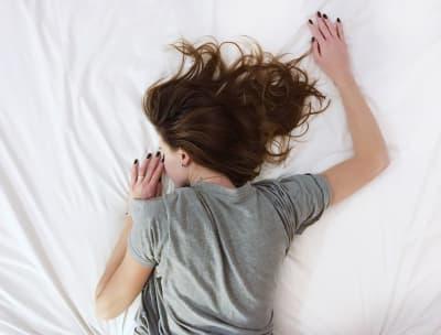 Stoffwechsel anregen mit ausreichend Schlaf