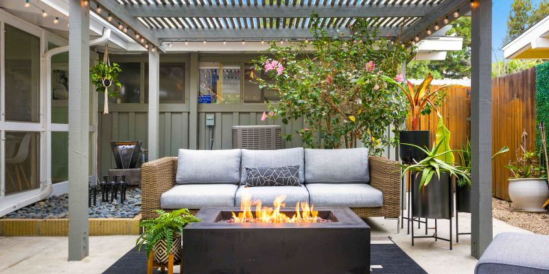 Outer   The perfect outdoor sofa is now within reach.