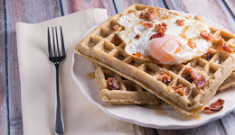 Bacon & Maple Syrup Waffles with Fried Egg