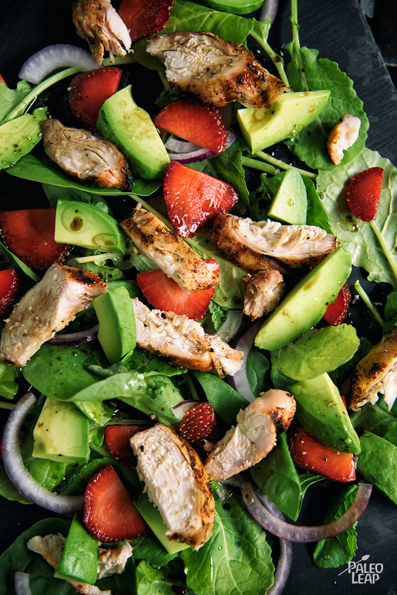 Chicken, Strawberry, Avocado And Spinach Salad | Paleo Leap