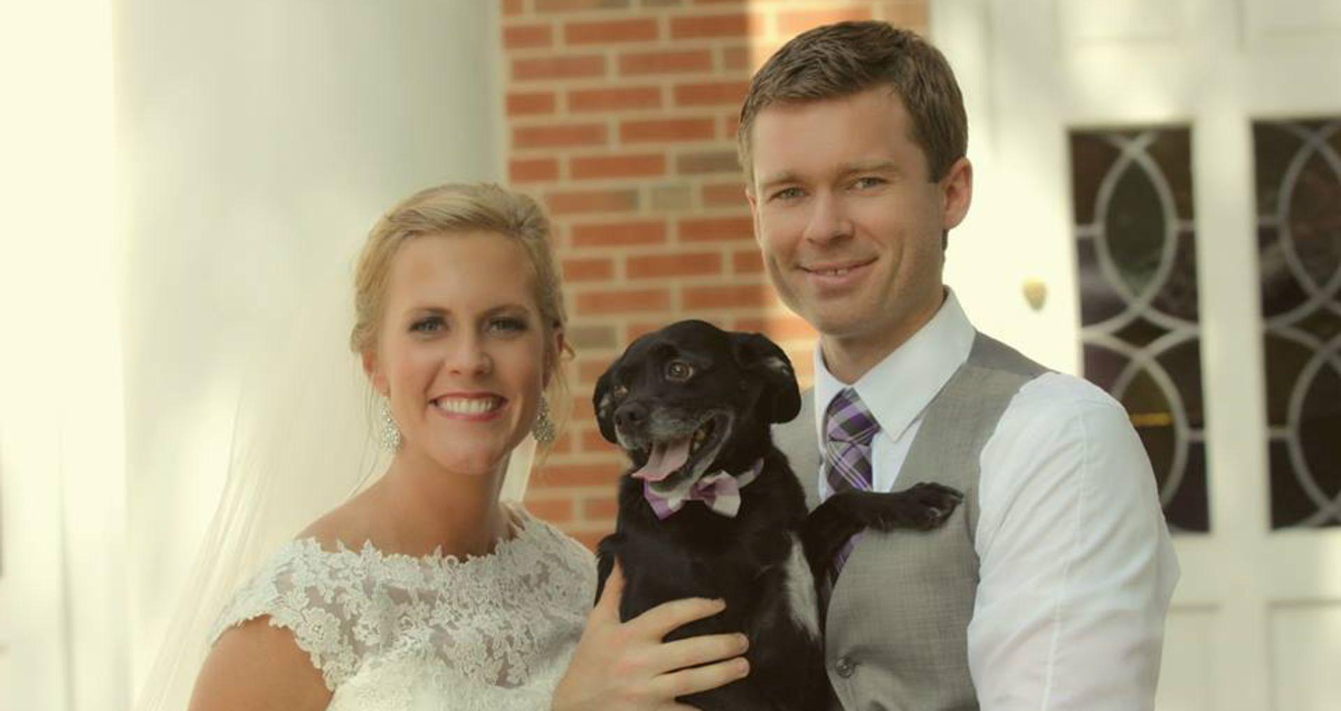 https://res.cloudinary.com/paradowski/image/upload/v1515440813/paradowski-site/Wedding_Murph_x1ee1s.jpg