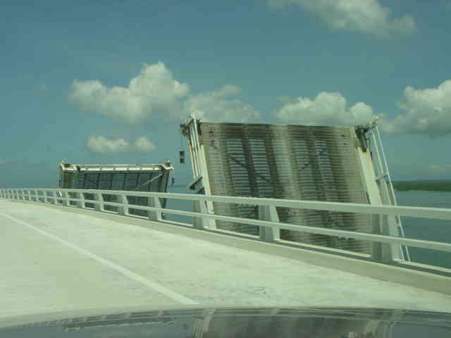 Sanibel Draw Bridge No Longer an Excuse