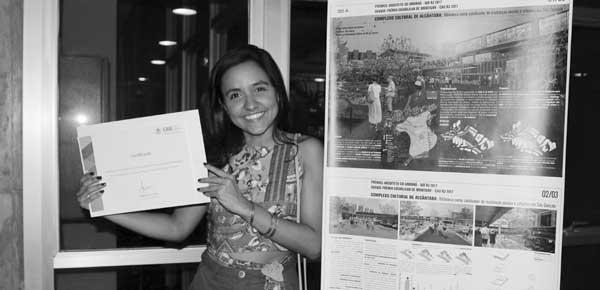 Juliana Nunes premiada pelo CAU/RJ