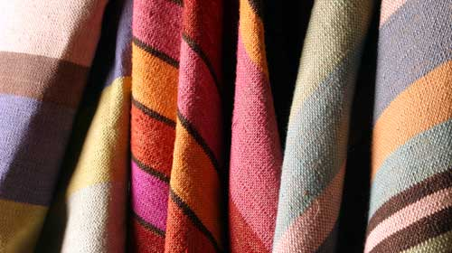Square Foot apresenta cores vibrantes em suas coleções