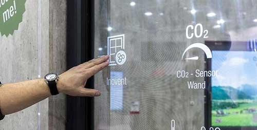 REHAU apresenta janela digital e solução inteligente