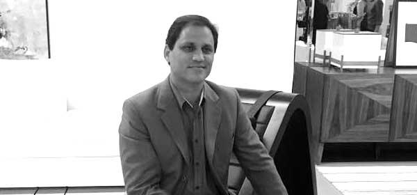 28/02 – Paulo Sergio Niemeyer ministra aula inaugural