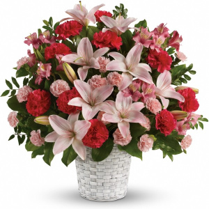 Sweet Sincerity flower arrangement