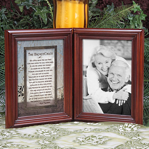 The Broken Chain Catholic frame - Picture Frames