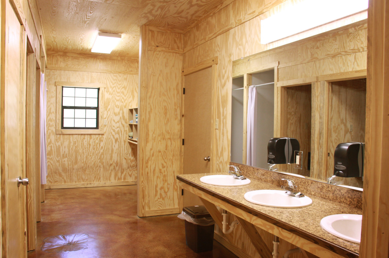 Ranch Cabin Bathroom Interior