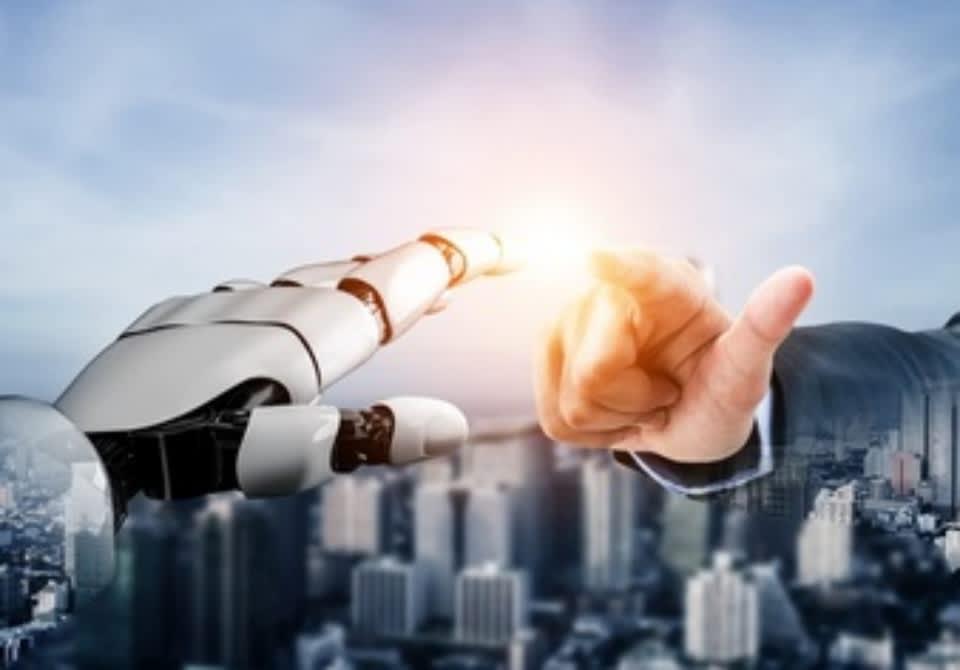生活支援ロボットの2つの導入事例