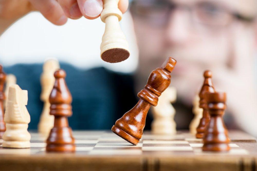 online reputation management services at pivot