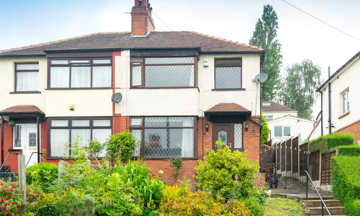 33 Roundhay Cres.