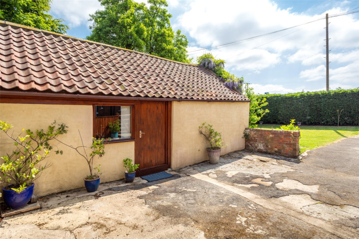 Outbuilding/Office