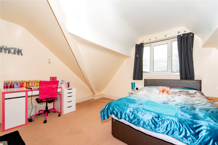 2nd Foor Bed 2