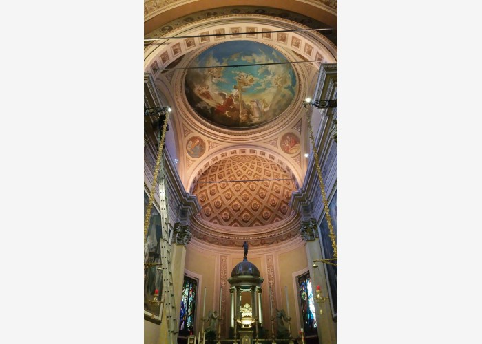 Chiesa interni chiesa