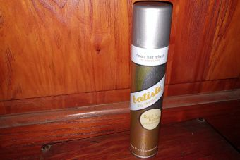 Review Batiste Dry Shampoo Light and Blonde
