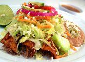 Dos opciones para preparar enchiladas rojas