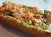 Prepara hot dogs gratinados