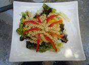 Ensalada de espirales con verduras