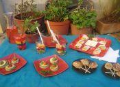 Ideas de picnic: Montaditos de zapallo, paletas de plátano, rolls de pimentón, vasos de frutas y jugos