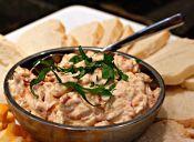 Receta: Dip de queso crema y tomates deshidratados