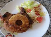 Prepara una Chuleta de Cerdo con Piña
