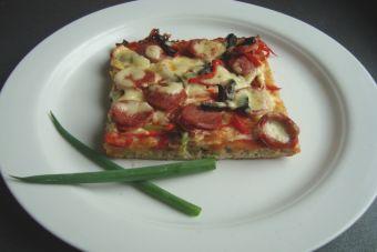 Prepara una pizza española