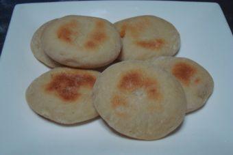 Cocinar batbout (pan marroquí)