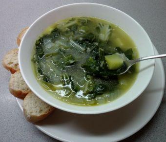 Receta: Sopa de acelgas y papas