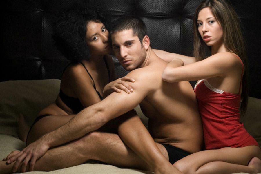 Картинки по запросу эротический массаж 2 девушки