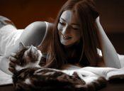 Cosas de loca: amor sin fronteras por los gatos