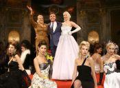 Nueva colección de vestidos inspirados en Evita Perón
