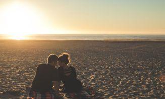 5 cosas de la soltería que debes desechar al tener pareja